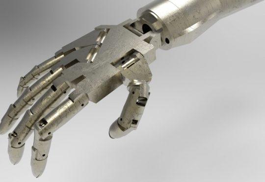 Prima mano bionica. Elettronica made in Università di Cagliari