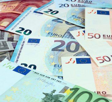 Stipendi dei dipendenti: da luglio 2018 stop ai contanti
